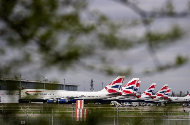 17 March 2020, England, Heathrow: British Airways planes stand at Heathrow Airport as Britons have been advised against non-essential travel to anywhere in the world as the coronavirus crisis closed borders around the globe.