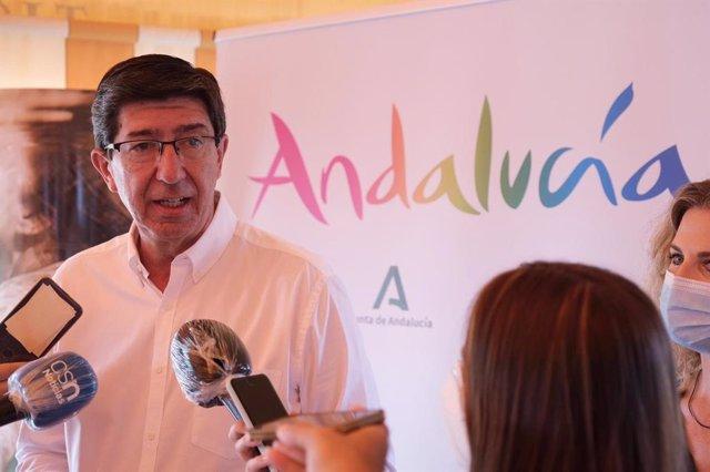 Juan Marín en declaraciones a los medios este sábado en Jerez