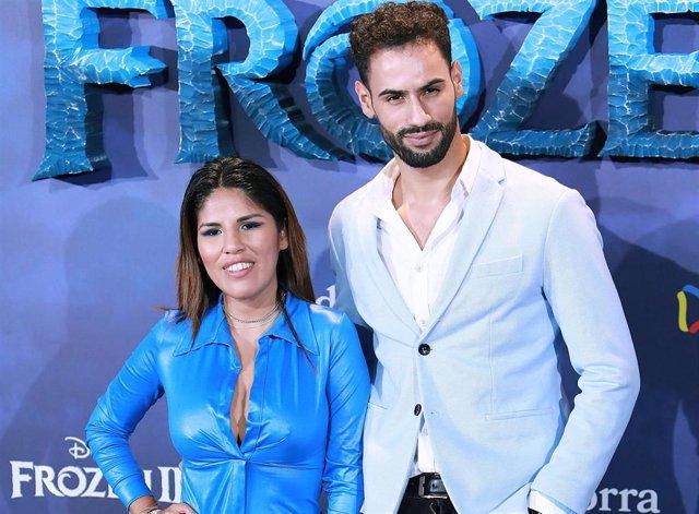 Isa Pantoja y Asraf, en la premiere de 'Frozen II'