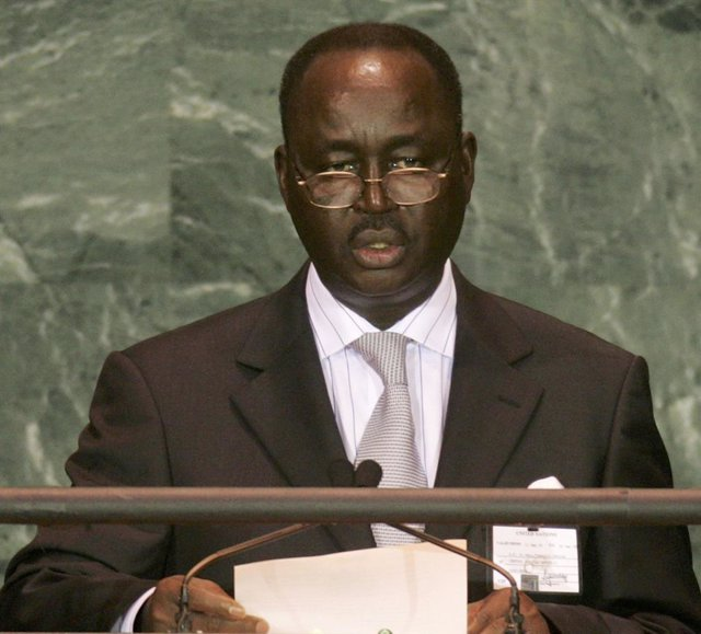AMP.- R.Centroafricana.- El expresidente François Bozizé confirma su candidatura