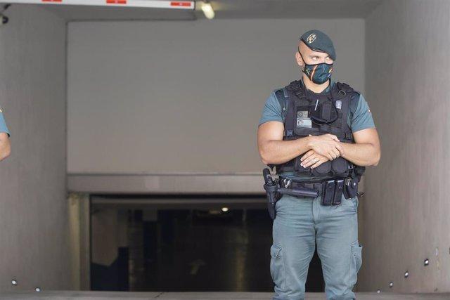 Un agente de la Guardia Civil en una imagen de archivo.