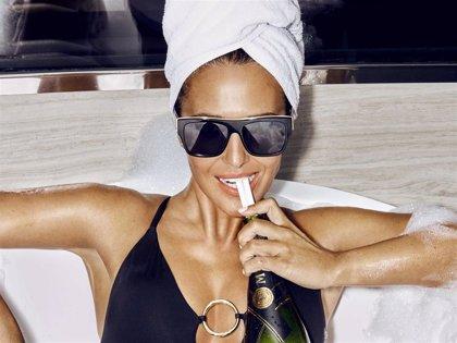 Paula Echevarría diseña una nueva colección de gafas de sol para Hawkers