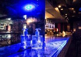 Imageb de recurso de la barra de una discoteca