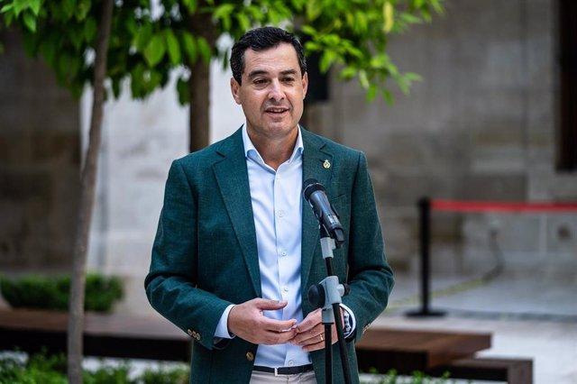 El presidente de la Junta de Andalucía, Juanma Moreno, en un acto público en Málaga en una imagen de archivo