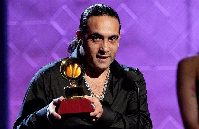 Ramon Gimenez recibe el Grammy Latino al mejor álbum flamenco en 2007 en Las Vegas, Nevada