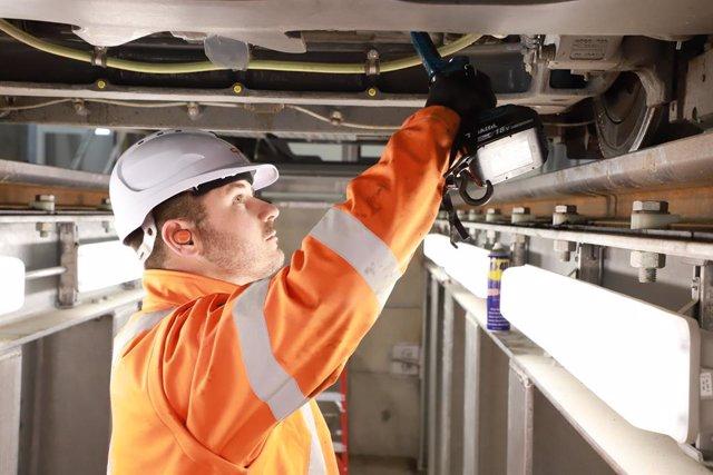 Economía/Empresas.- CAF logra contratos de mantenimiento en Italia, Brasil, Colo