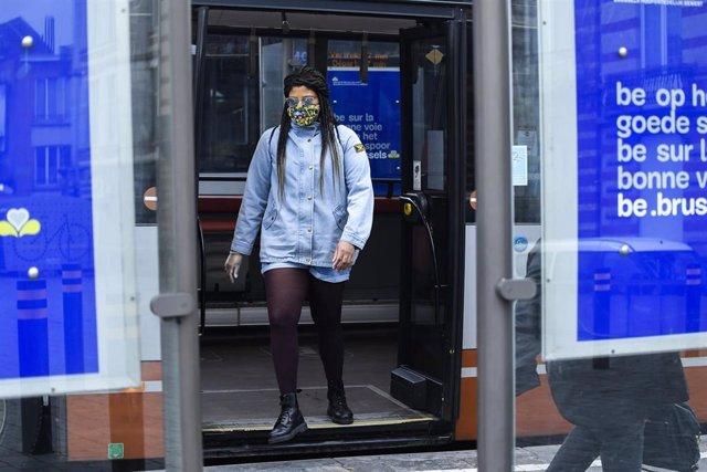Estación de autobuses de Bruselas durante la pandemia de coronavirus