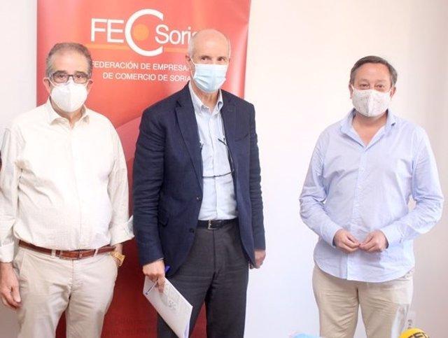 De izda a dcha, el presidente de FecSoria, Jesús Muñoz, Luis del Hoyo y Adolfo Sainz.