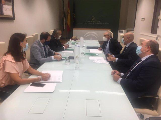 La Consejería de Justicia de la Junta de Andalucía presenta al Consejo andaluz de Colegios de Abogados el nuevo Reglamento de Asistencia Jurídica gratuita