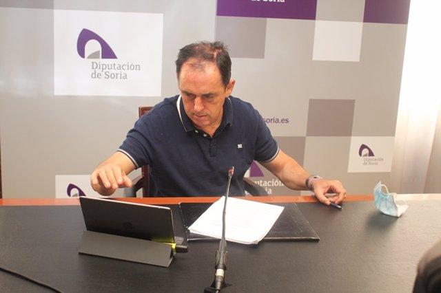 El presidente de la Diputación de Soria, Benito Serrano, tras la Junta de Gobierno.