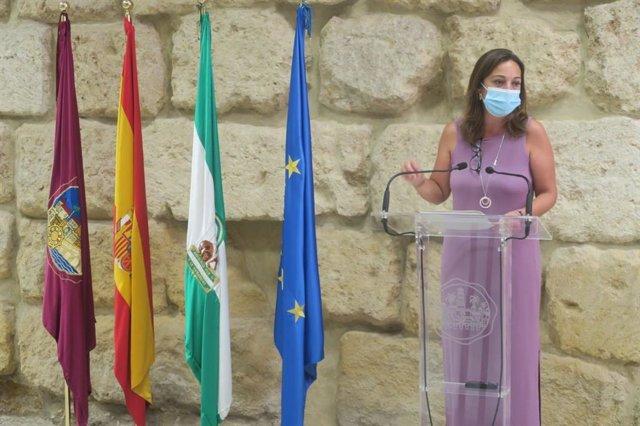 Isabel Ambrosio (PSOE) en el Ayuntamiento de Córdoba.