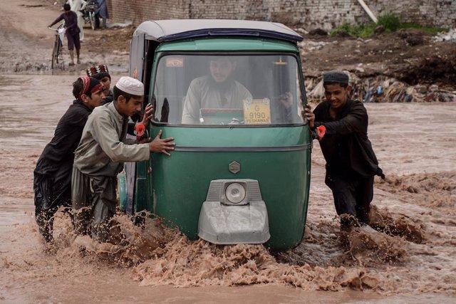 Pakistán.- Mueren ocho personas a causa de las lluvias monzónicas en el sur de P