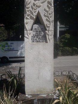 Monumento a los abogados de Atocha en Coslada.