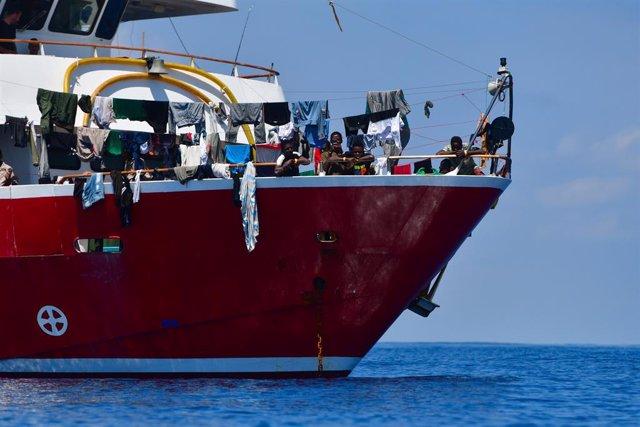 Europa.- Malta rescata a cerca de cien migrantes a la deriva en el mar Mediterrá