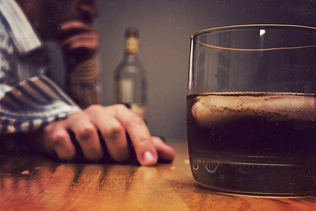 Abuso de alcohol, alcoholismo, beber, bebida