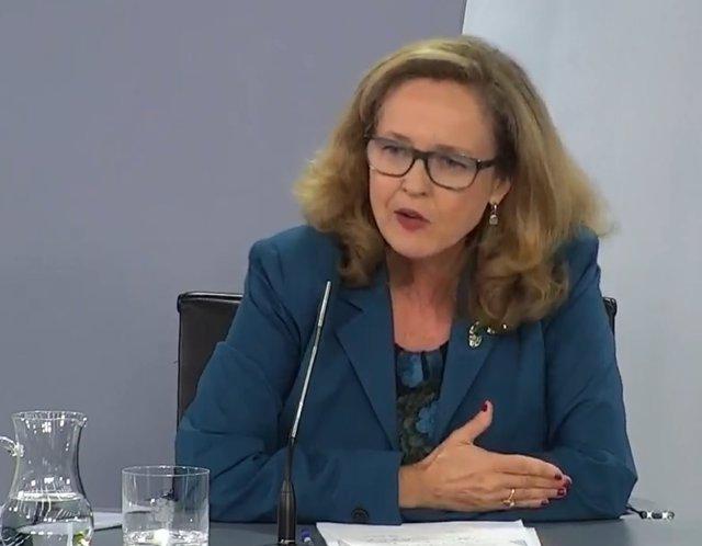 La vicepresidenta tercera y ministra de Asuntos Económicos, Nadia Calviño, durante la rueda de prensa posterior al Consejo de Ministros del 28 de julio de 2020.