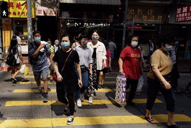 Coronavirus.- La pandemia se acelera en China con más de 100 nuevos casos de cor