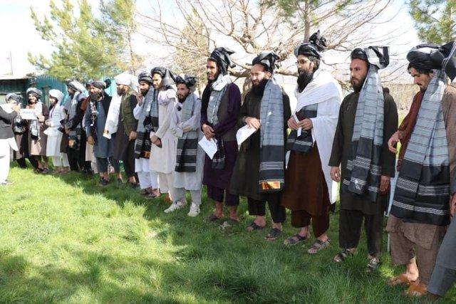 Prisioneros talibán liberados por el Gobierno afgano