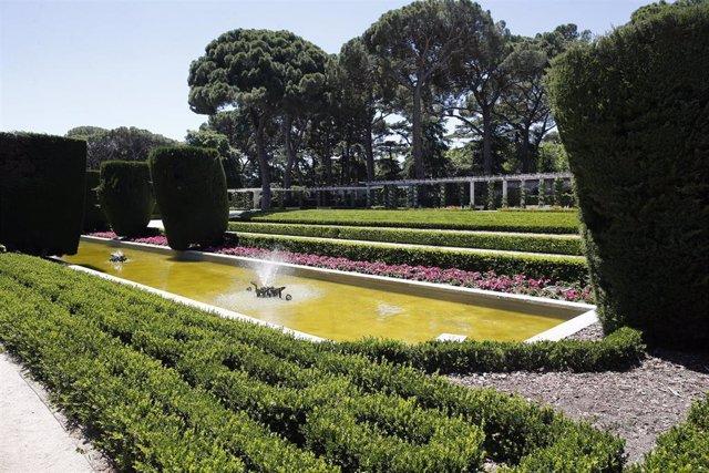 Jardínes de Cecilio Rodríguez en el Parque del Retiro de Madrid.
