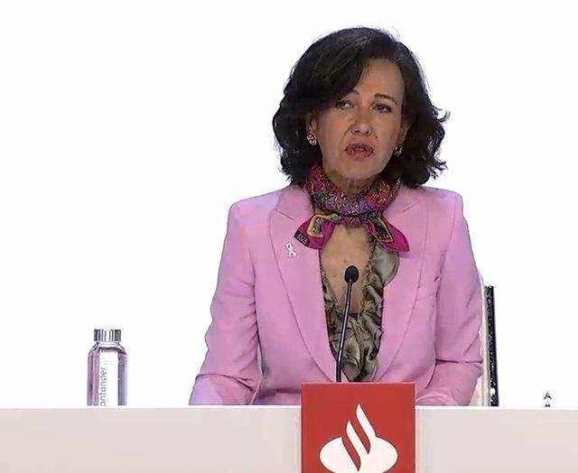 La presidenta de Banco Santander, Ana Botín, durante la junta general de accionistas del banco 2020, celebrada en Madrid y retransmitida telemáticamente.