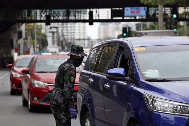 Coronavirus.- Filipinas autoriza la apertura de más negocios desde agosto a pesa