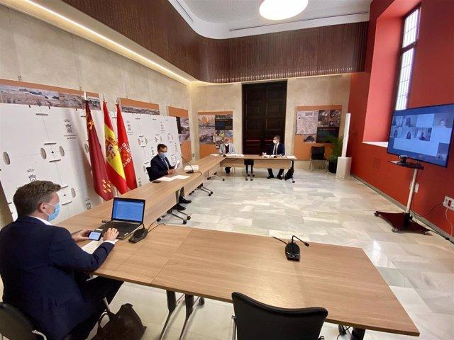 El alcalde de Murcia, José Ballesta, preside el Consejo de Administración de Mercamurcia