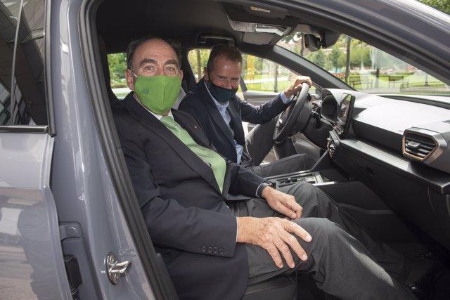 Seat, Volkswagen e Iberdrola se alían para fomentar una red de puntos de recarga en España