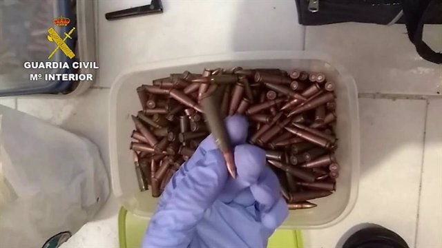 Munición intervenida en la operación 'Pizarra' de la Guardia Civil
