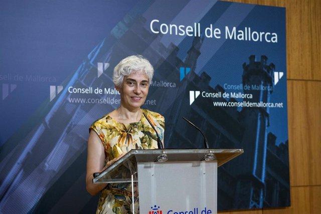 La Portavoz De Unidas Podemos En El Consell De Mallorca, Magdalena Gelabert.