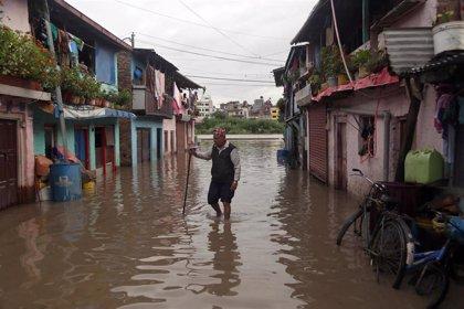 Al menos nueve muertos, incluidos siete miembros de una misma familia, por las lluvias monzónicas en Nepal
