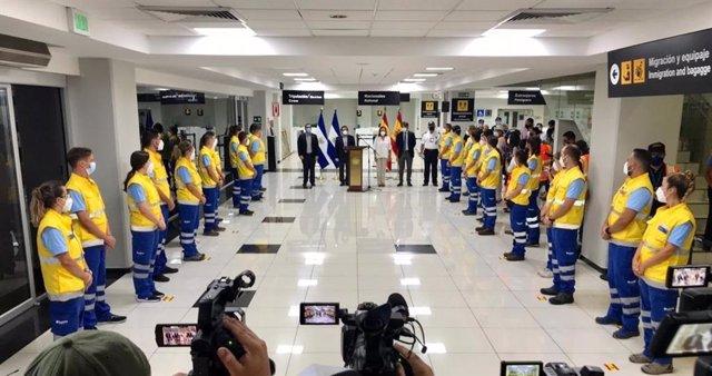 Sevilla.- Coronavirus.- El Gobierno de El Salvador recibe a los 30 profesionales