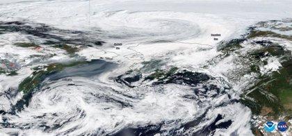 El humo de los grandes incendios de Siberia alcanza Alaska
