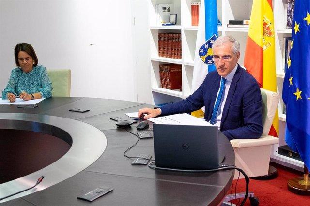 El conselleiro de Economía, Francisco Conde, participa en la presentación de Connect-19.