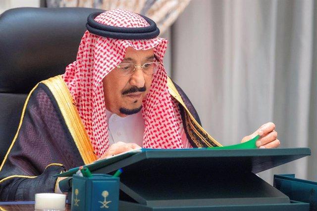 A.Saudí.- El rey de Arabia Saudí recibe el alta tras someterse a una cirugía par