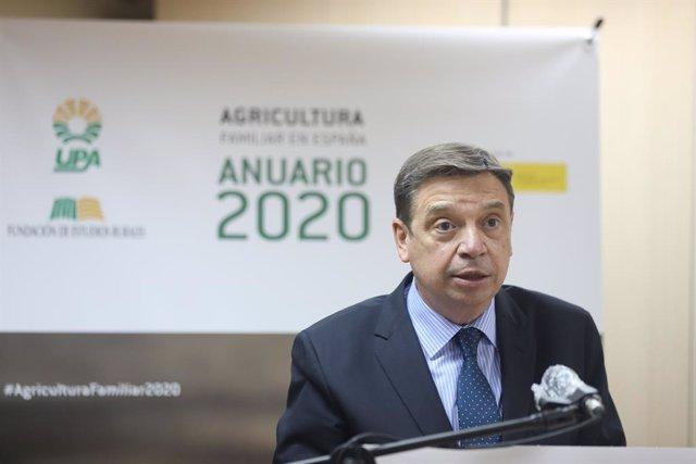 Planas pide a ccaa y ayuntamientos que sean previsores ante la llegada de tempor