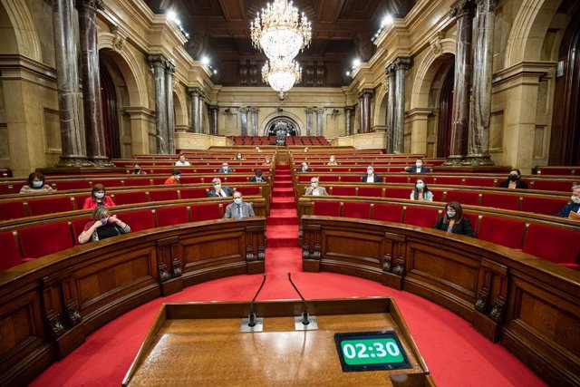 Hemicicle del Parlament durant un ple de control. Barcelona, Catalunya (Espanya), 22 de juliol del 2020.