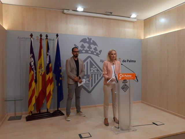 La portavoz de Cs Palma, Eva Pomar, en rueda de prensa
