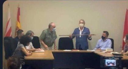 Atípico gobierno de PP y PSOE en Bustarviejo con la abstención de IU tras dimitir el alcalde