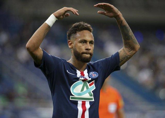 Fútbol.- El PSG gana la Copa de la Liga al Lyon en los penaltis