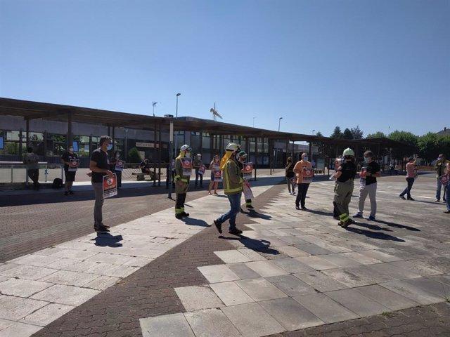 Protesta de técnicos forestales ante la Xunta