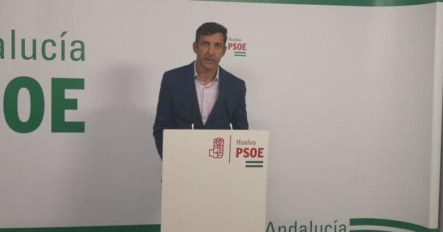 El senador del PSOE Jesús González