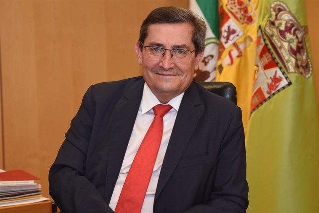 Presidente de la Diputación de Granada, José Entrena, en una foto de archivo