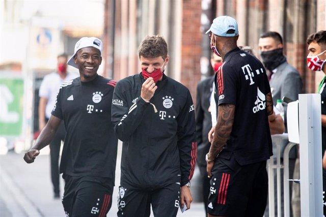 Los jugadores del Bayern Múnich David Alaba, Thomas Müller y Jerome Boateng