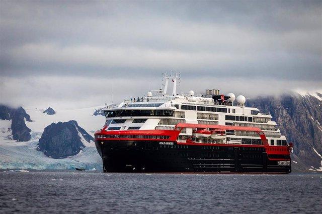 El crucero noruego 'Roald Amundsen'