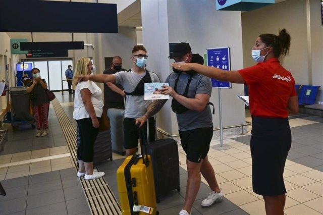 Llegada de turistas a Grecia durante la pandemia de coronavirus
