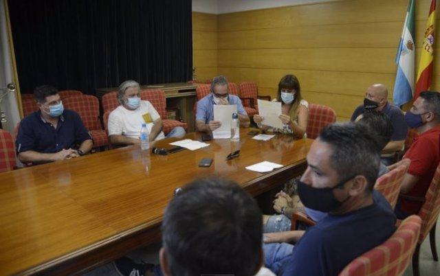 Reunión del Ayutamiento de Torremolinos con responsable de zonas de ocio de la localidad