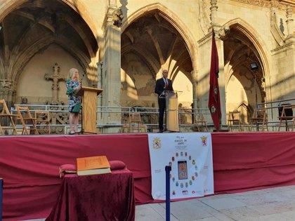 Diaz aplaude a aquellos que llevan el nombre de León por el mundo, herederos de un legado y constructores de futuro