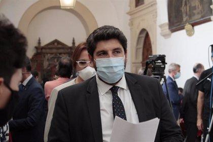 """El presidente de Murcia, preocupado ante la """"oleada"""" de pateras, exige al Gobierno que """"asuma"""" sus competencias"""