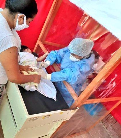 Perú añade casi 7.500 casos más de coronavirus a su balance y sobrepasa los 420.000