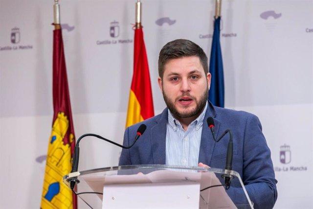 El consejero de Fomento, Nacho Hernando, en rueda de prensa.